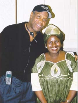Mrs. Oheneba-Sakyi with Hollywood Star Danny Glover (18kb)