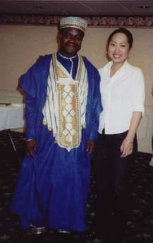 Dr. Yaw Oheneba-Sakyi with an International Student from Japan (12kb)